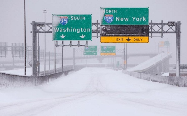 La grande tempesta di neve su Washington e New York
