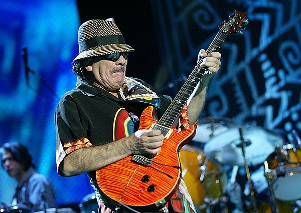 Carlos Santana: rieccolo in Italia con Luminosity Tour