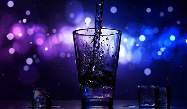 Alcol abusarne porta persino alla demenza precocemente