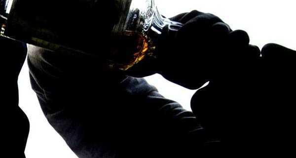 alcol provoca la demenza