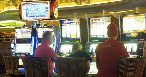 Oltre il poker le slot