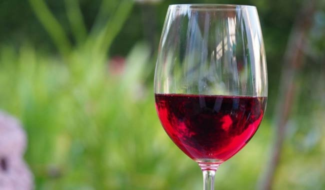 Mal di testa e alcol son correlati?