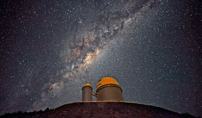 Il Buco Nero al Centro della Via Lattea: il mostro ripreso dal VLT