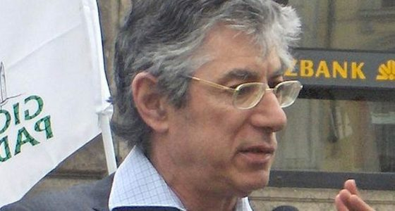 Umberto Bossi si sta lentamente riprendendo