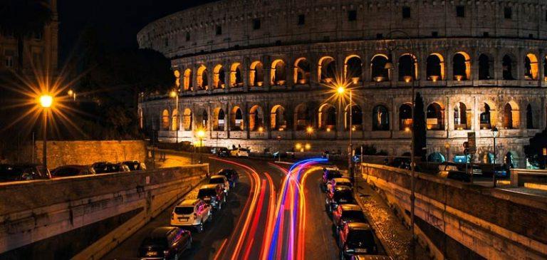 Roma, notte di paura per una scossa di terremoto