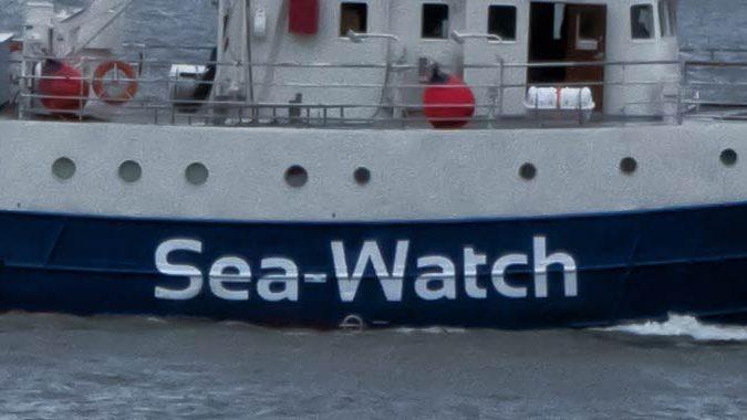 Mediterranea vuole seguire il destino della Sea Watch