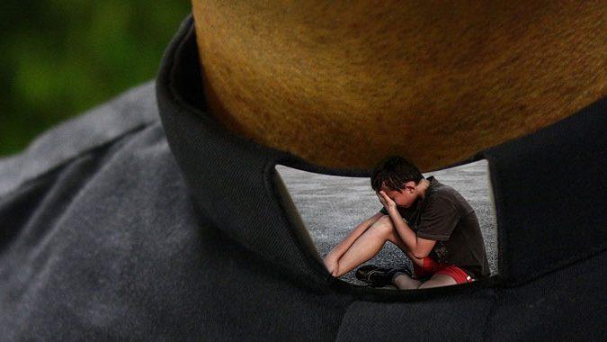 Piacenza, arrestato prete per droga e abusi