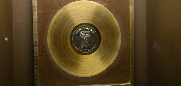 Ecco quanto serve vendere per ottenere un Disco D'Oro o di Platino