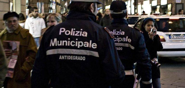 Firenze, maxi blitz per fermare il racket dei parcheggi abusivi