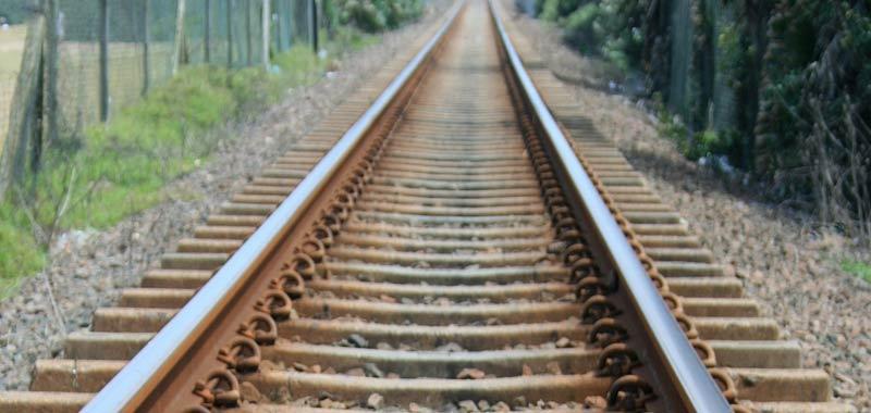 Lodi treno deragliato per uno scambio mal posizionato