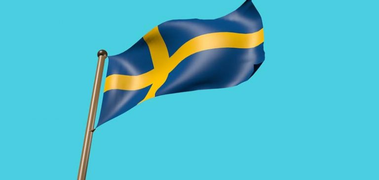 Svezia si arrende all'evidenza di non aver fatto abbastanza per contenere il virus