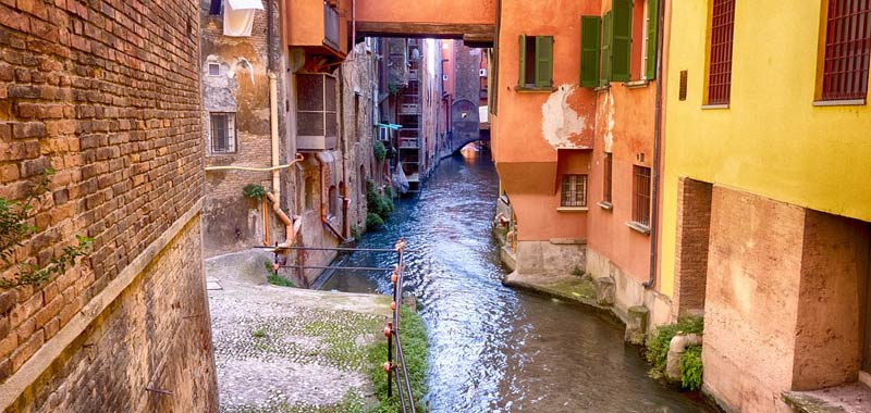 Emilia Romagna pensa ad accelerare le riaperture