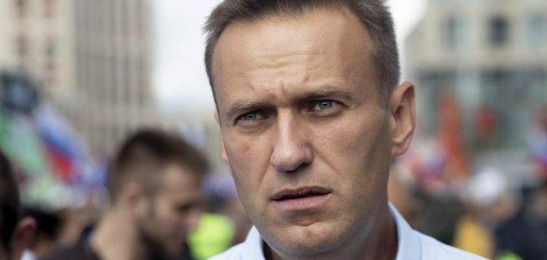 Alexei Navalny, i medici tedeschi confermano che è stato avvelenato