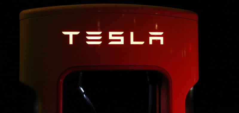 Elon Musk conferma Nuove batterie Tesla fra due anni