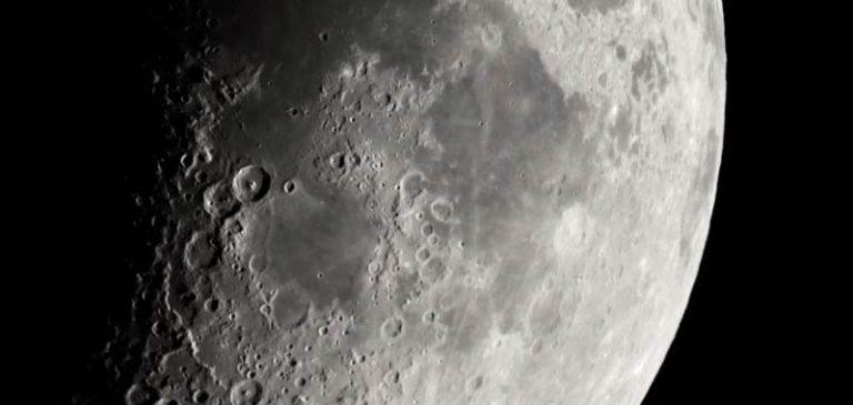 Nasa trova nuova linfa per esplorare la Luna