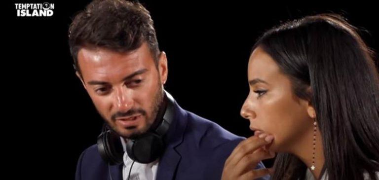 Ultime Temptation Island, Carlotta in lacrime dopo il filmato di Nello: «Chi mi ridà i miei 6 anni passati con lui?»