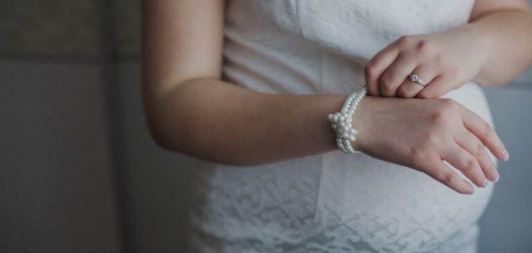 Covid-19, il vaccino sarà disponibile per donne incinte?