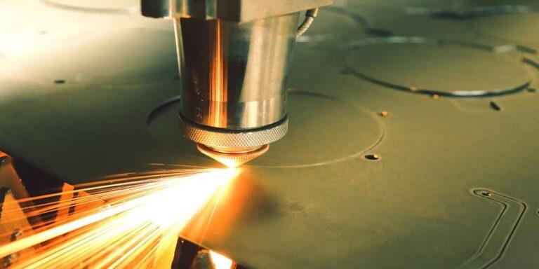 Analizziamo i vantaggi della marcatura laser