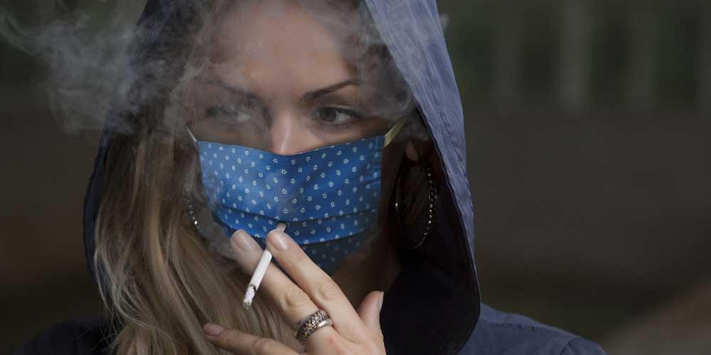I fumatori hanno maggiori possibilita di contrarre il coronavirus