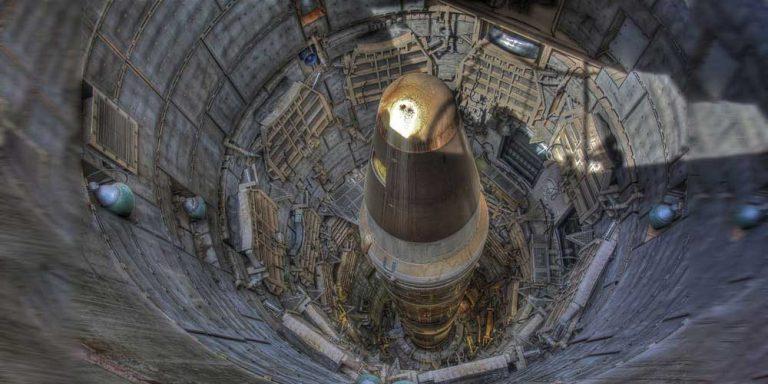 Nato: Ci preoccupano le basi missilistiche in Cina